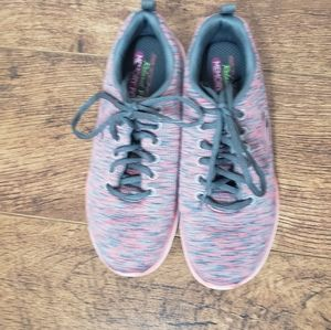 SKETCHERS Relaxed Fit Pink Grey Sneakers Size 7.5